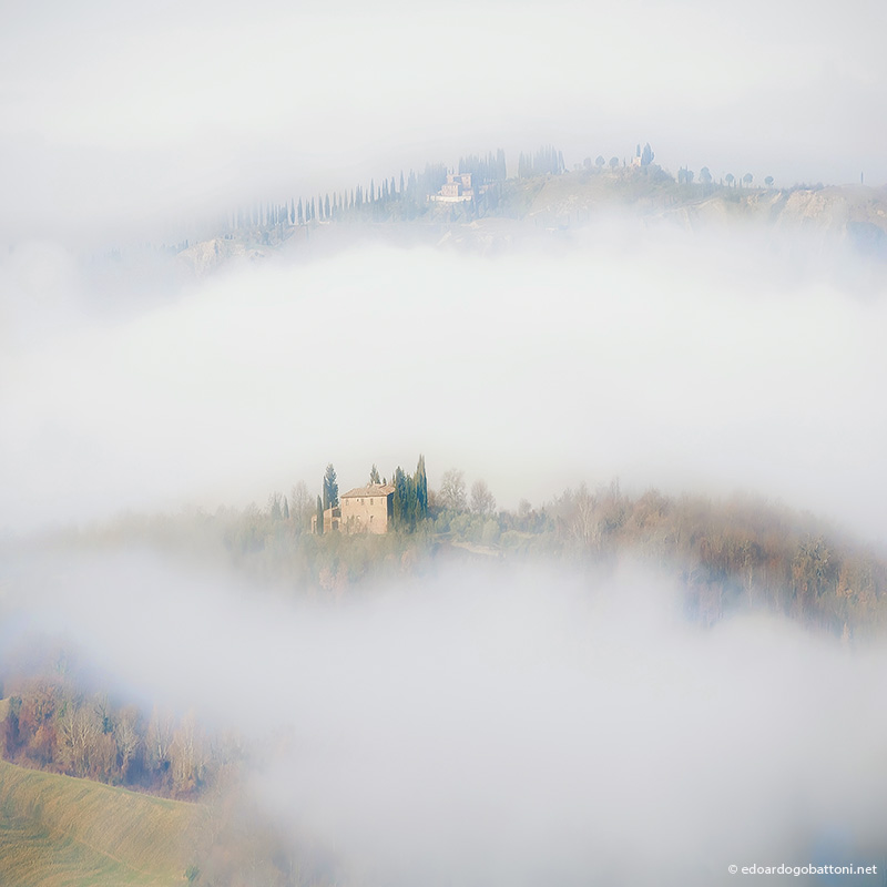under the tuscan fog